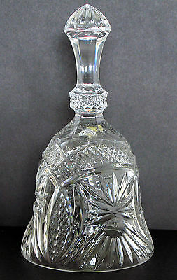 Crystal glass bell 18 cm tall by 9.5 cm diameter of rim