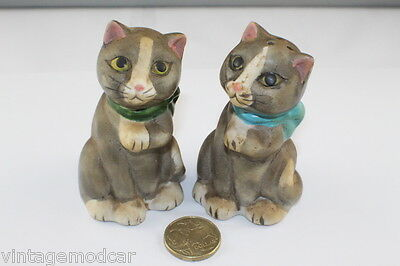 Ceramic Salt & Pepper Shakers, Pair of Cats With Stoppers, Exc Con