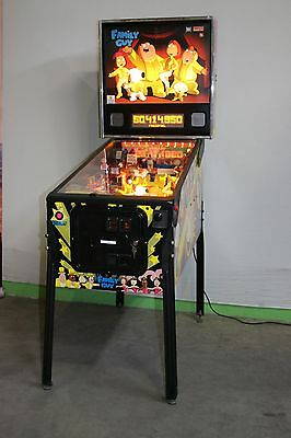 Family Guy Flipper Pinball von Stern F0683