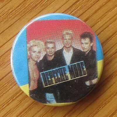 DEPECHE MODE OLD  METAL PIN BADGE FROM THE 1980's RETRO