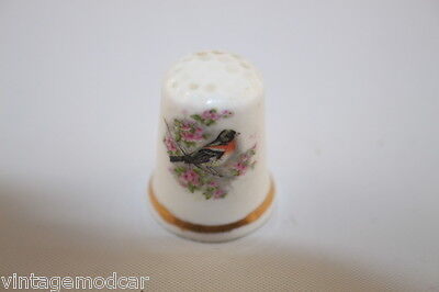 "Thimble Fine Bone China made in Britain ""Robin"""