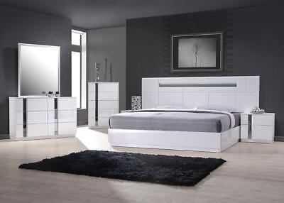 J&M Chic Modern Palermo White Lacquer Queen Size Bed Set Contemporary