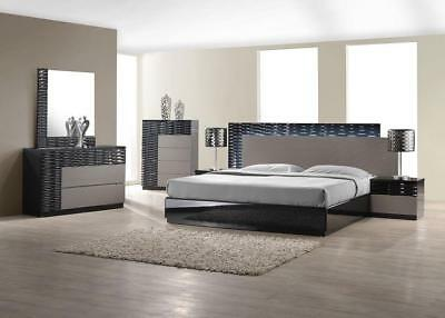 J&M Chic Modern Roma Black & White Lacquer Queen Size Bed Set Contemporary