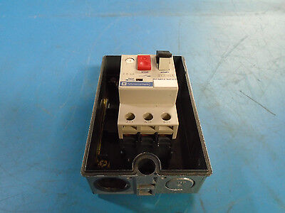 Telemecanique GV2-M08 Manual Motor Starter 2.5-4A, with Housing