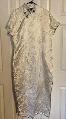 BEAUTIFUL**YUETAN**Oriental Dress**Size 48**Ivory Color*made in China