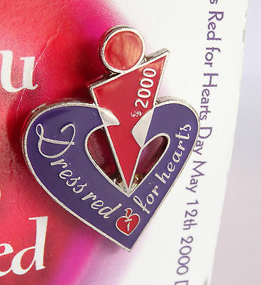 Heart Foundation Dress Red for Hearts Pin/Badge May 2000 Still on Card Damage se