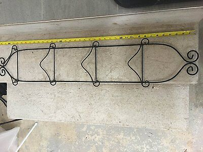 Economy 4 Tier Black Vertical Plate Wall Rack from Tripar  Free Shipping New
