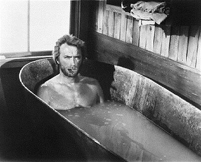 Clint Eastwood als The Stranger aus Pla 8x10 Foto