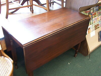 Antique Walnut Drop Leaf Table. Excellent Condition. 6369