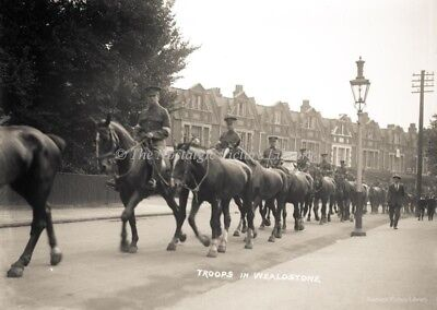 Gn 198 Photograph Troops Passing Through Wealdstone Aug 18 1914