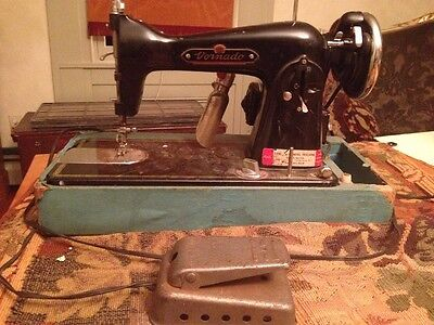 Vintage Antique Vornado Model 195 Heavy Duty Sewing Machine De Luxe Japan Motor