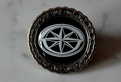 Star Metal Pin with 3D sticker - Badge Abzeichen Emblema divisa drag royal road
