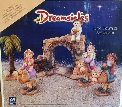 Little Town of Bethlehem (5pc) Dreamsicles Item 11356 NIB
