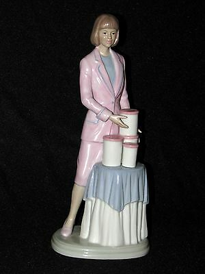 Vintage Tupperware Party Hostess Figurine Suzette Series 2 Canisters