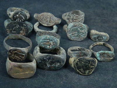 Ancient Bronze 14 Seal Rings Bactrian 300 BC   #S4637