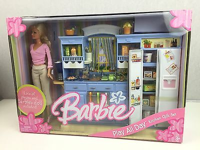 Barbie Play All Day Kitchen Gift Set Includes Doll 2006 Rare New