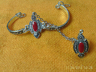 Moroccan Berber Ethnic Jewelry: Slave Bracelet Red & Silver coloured (2)