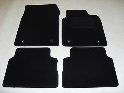 Vauxhall Insignia 2008-2013 Fully Tailored Car Mats in Black.