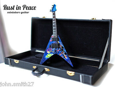 Miniature Guitar Dave Mustaine Rust in Peace Fly VMNT + Case