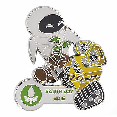 Disney Parks 2015 Earth Day  WALL-E AND EVE PLANT IN BOOT LE 2000 3D Pin