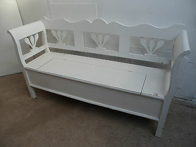 A Really Pretty Rare Small 2-3 Seater Antique Pine Painted Shabby Chic Bench