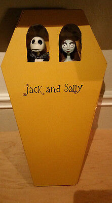 Nightmare Before Christmas NBX Jack Skellington & Sally Action Figures Coffin