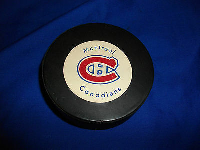 nhl team hockey puck vintage MONTREAL CANADIENS made in canada lot 1