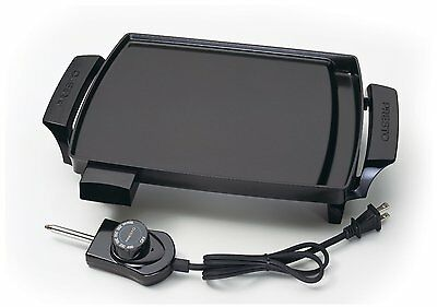 Presto 07211 Liddle Griddle Color:Black Automatically maintains Built-in channel