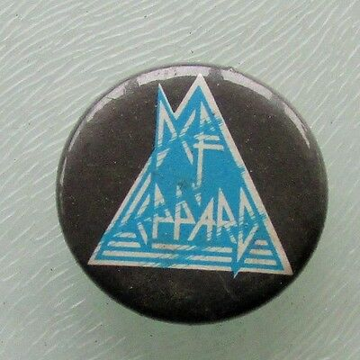 DEF LEPPARD LOGO VINTAGE METAL BUTTON BADGE FROM THE 1980's  HYSTERIA