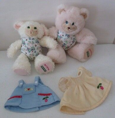 Fisher Price Briarberry Bear Lot Sarahberry, BerrySue & Clothes 1998