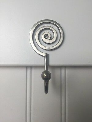 *3 Pack* Satin Nickel Decorative Mesmerizing Spiral Hooks