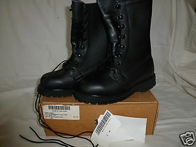 NEW GORE-TEX INTERMEDIATE COLD/WET ICW BOOTS 5 Wide 5W BLACK