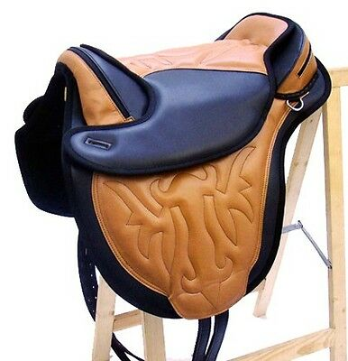 Treeless Saddle Horse Trekking SAMI Tan similpelle Nuovo