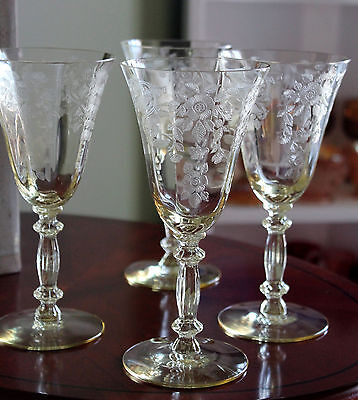Gold Krystol / Pale Yellow Cambridge Etched Glasses - Apple Blossom Pattern