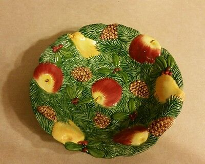 Woodland by Fitz & Floyd Serving Bowl 9 1/4 diameter Pinecone apples pears