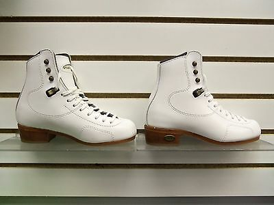 Riedell #30 Gold Medallion Girls 2 Wide Beginning Freestyle White Boot