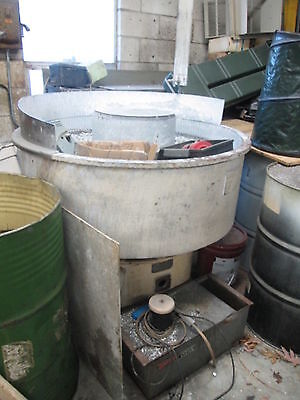 Sweco FM10 Vibro-Energy Finishing Mill W/Water Filter 4' Diameter Mint Liner!