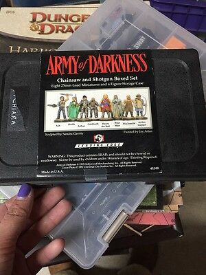 Leading Edge Army Of Darkness Chainsaw And Shotgun Boxed Set 25mm