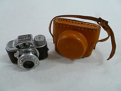 Vintage Miniature Hit Camera With Original Case ... Made In Japan