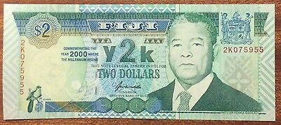2000 $2 Fiji Banknote - Pick 102 -  Uncirculated -2K 075955
