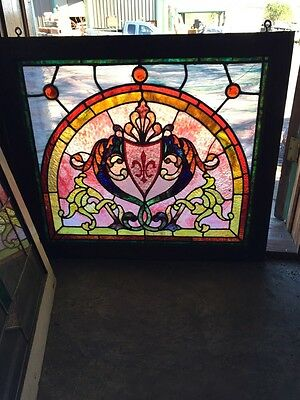 Sg 503 Antique Victorian Pastel Crest Window