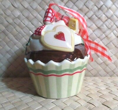 Christmas Ornament, Cupcake, Villeroy & Boch 1748, Ceramic Holiday Collectible