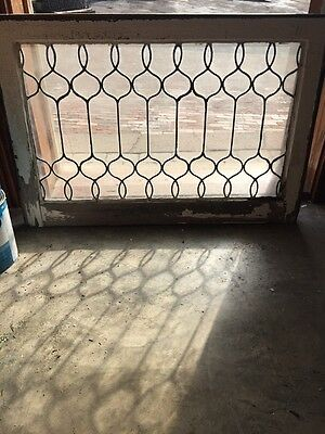 Sg 650 Antique Leaded Curly Q Design Window
