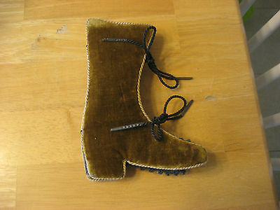 Antique Victorian Figural Boot Sewing Needlecase Pin Cushion With Cute Tied Lace