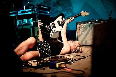 Sonic Youth Kim Gordon Stage Floor 8X11 Photo Poster Art Picture Decor Print 017