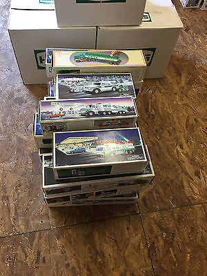 MUST SEE! LOT OF 21x Hess Trucks -  1980s, 1990s and 2000s  -  READ   lot 1002