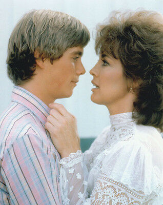 Christopher Atkins & Linda Gray UNSIGNED photo - P2305 - Dallas