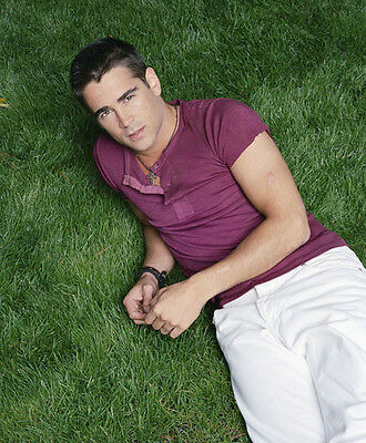 Colin Farrell UNSIGNED photo - P2972 - HANDSOME!!!!!