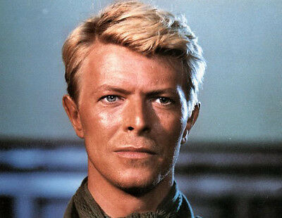 David Bowie  10x 8 UNSIGNED photo - P157 - Merry Christmas Mr. Lawrence