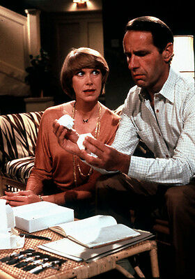Geoffrey Palmer & Wendy Craig UNSIGNED photo - P1508 - Butterflies